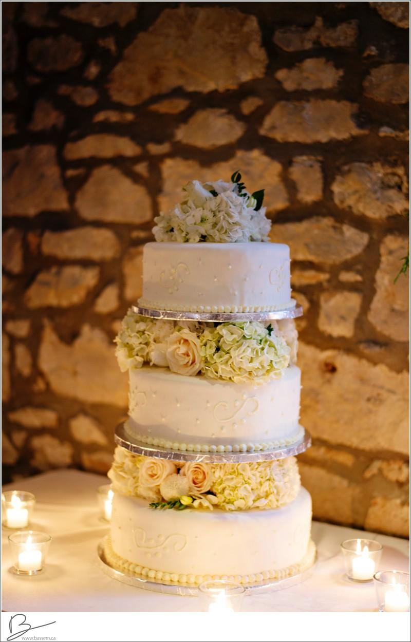 cambridge-mill-wedding-photography-bl-1258