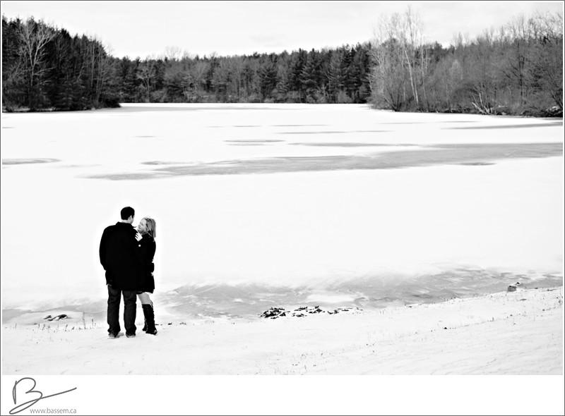 winter-engagement-photos-new-hamburg-1180