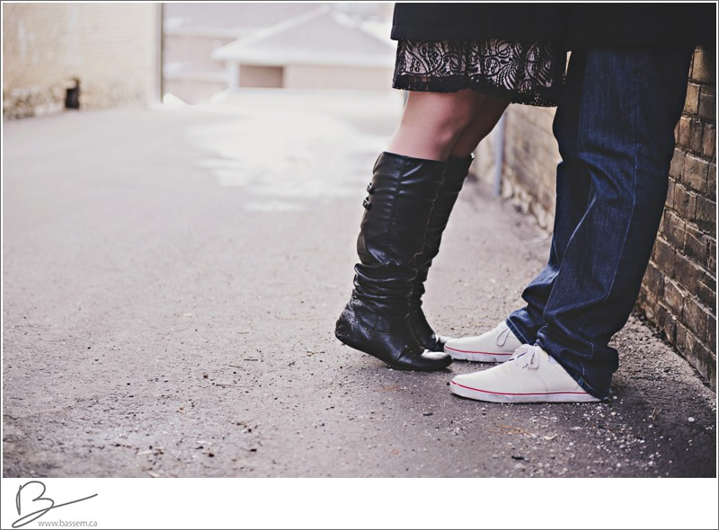 winter-engagement-photos-new-hamburg-1192