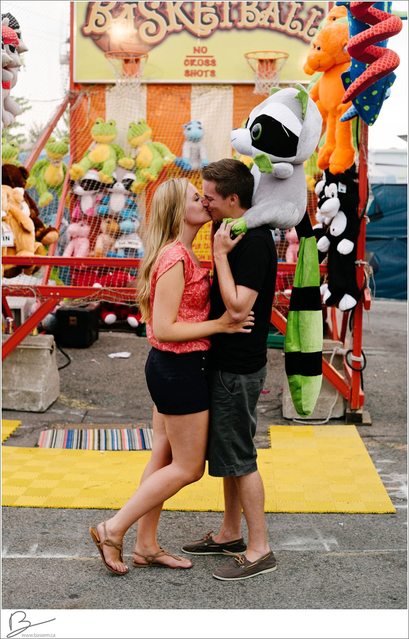 engagement-photos-canadian-national-exhibition-cne-1301