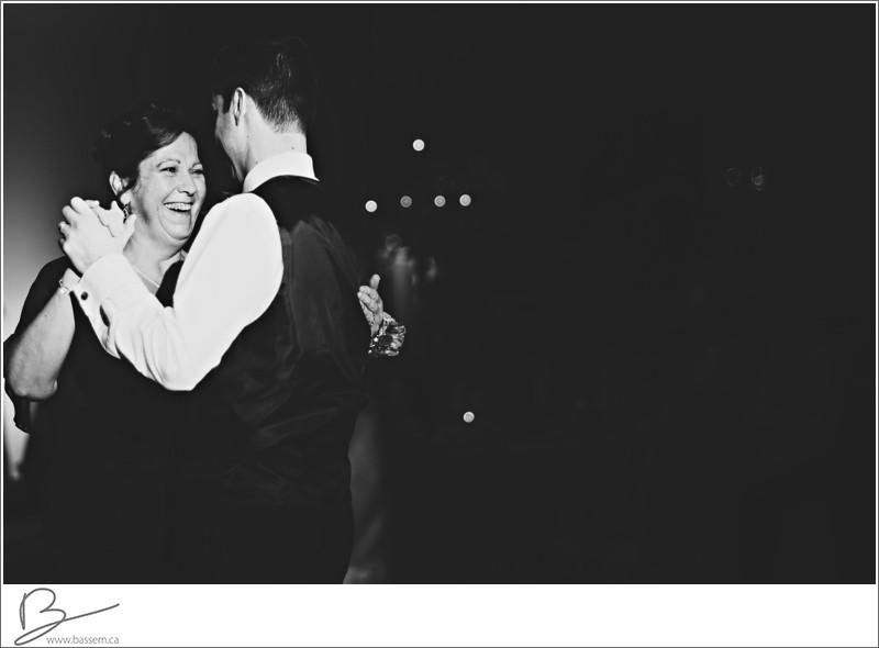 wedding-photos-burlington-convention-centre-0868