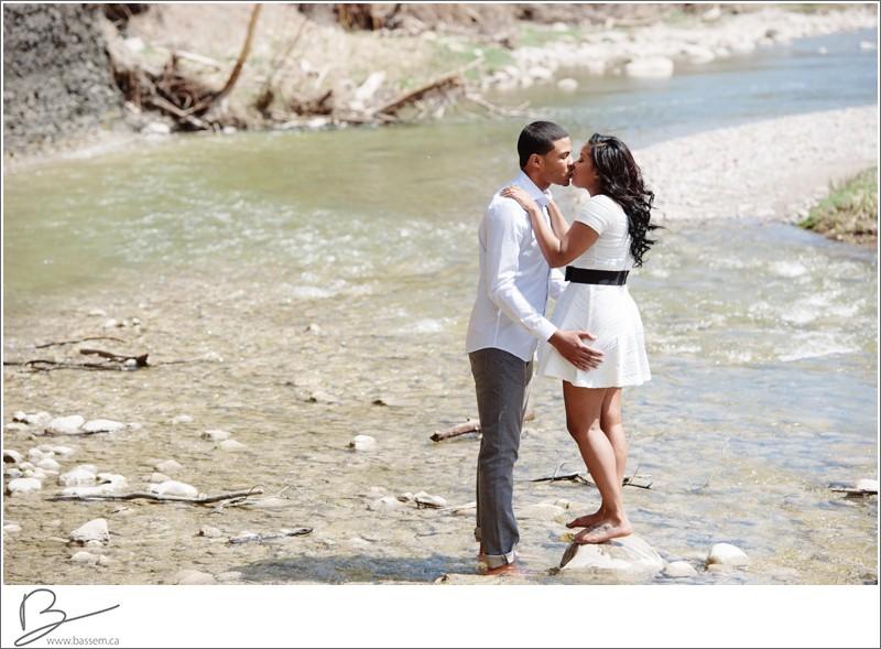 toronto-engagement-photos-070
