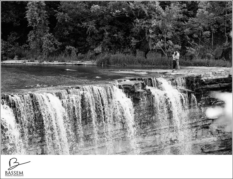 engagement-photos-balls-falls-1319