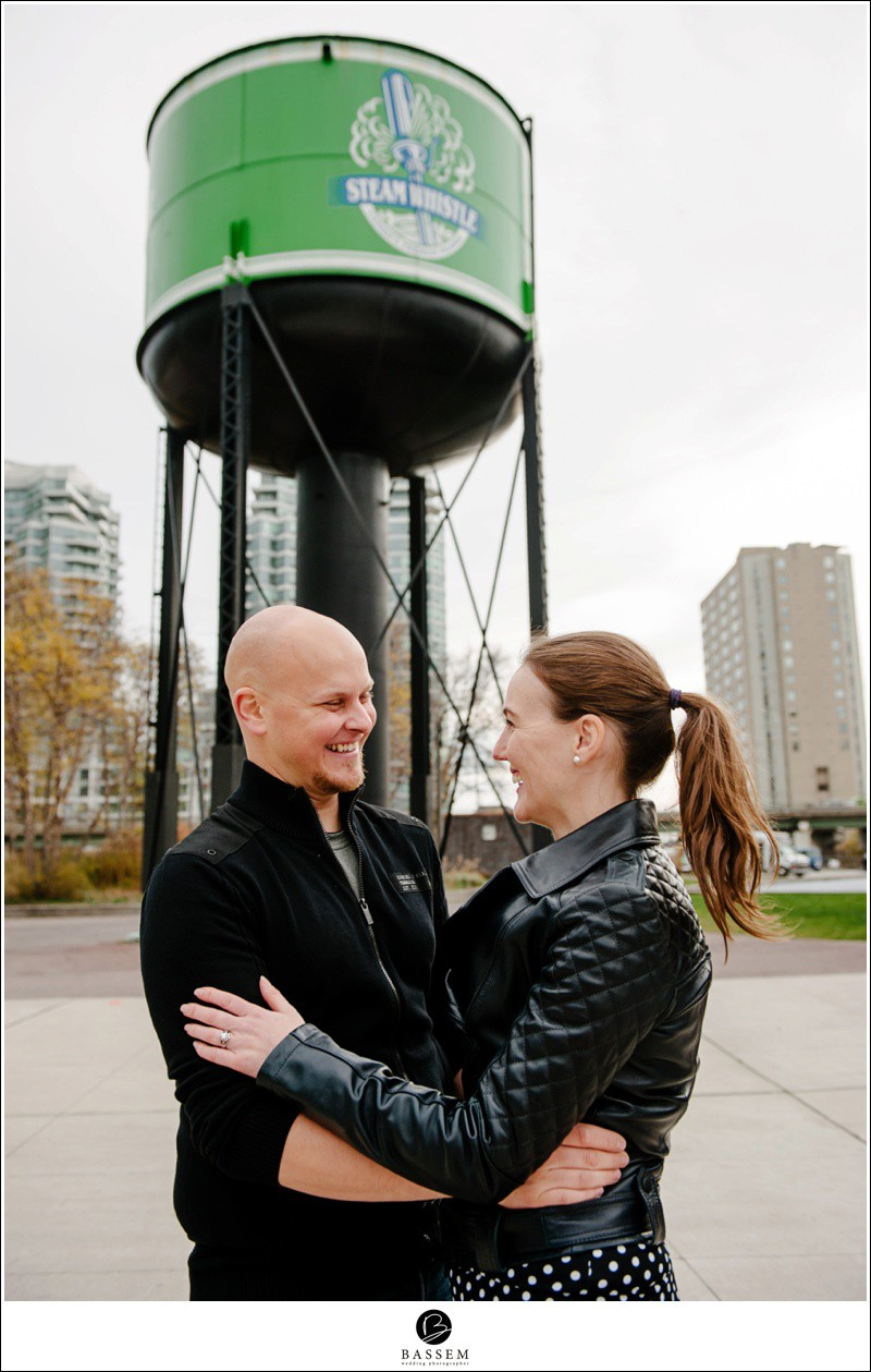 engagement-photos-steam-whistle-brewery-124